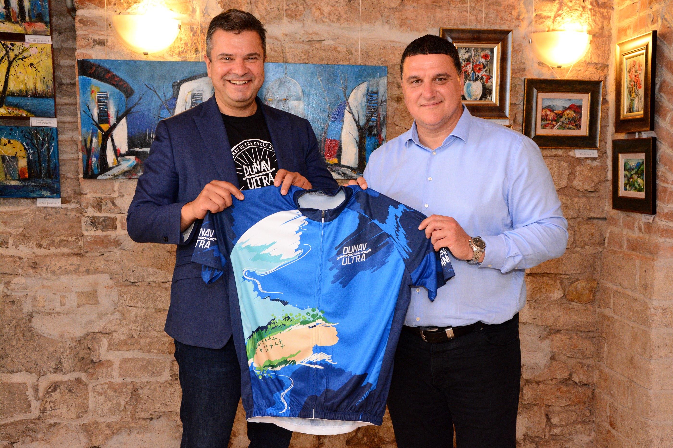 Дунав Ултра показа за първи път колоездачното си джърси в Оряхово