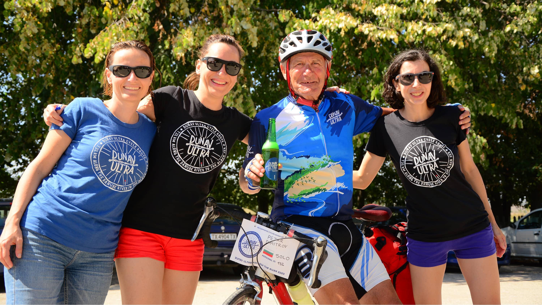 700 километра на велосипед – с жажда за живот!
